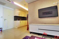 Cosy Beach View Pattaya Condo For Rent 13