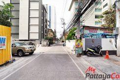 Sixty Six Pattaya Condo For Sale & Rent