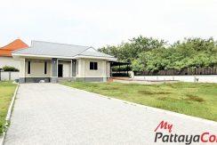 Chark Nork Pool Villa 3 Bedroom For Sale East Pattaya - HE0007