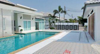 Patta Village Pattaya Pool Villa For Sale & Rent 4 Bedroom in East Pattaya - HEPTV01