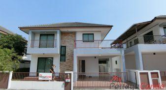 Uraiwan Park View House For Sale & Rent 3 Bedroom in East Pattaya - HEURW01 & URW01R